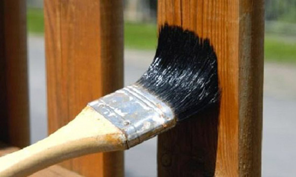 Bột rửa ảnh sẽ tẩy sạch lớp sơn cũ thay vào đó những lớp sơn mới