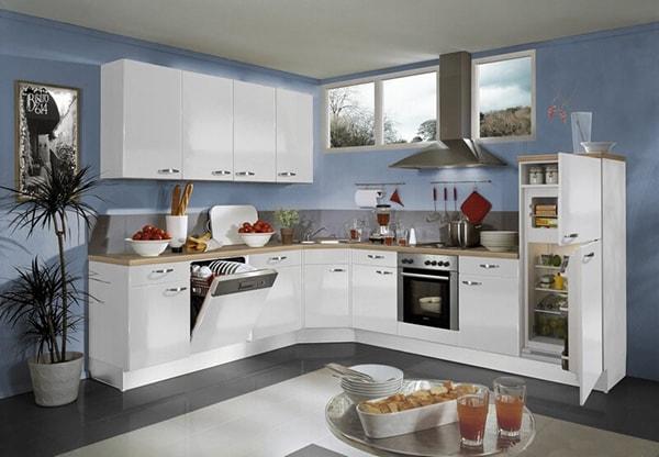 Có nên dùng tủ bếp màu trắng không?