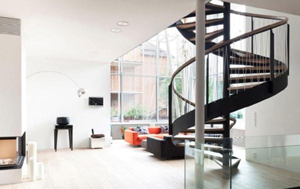 Không nên thiết kế cầu thang kiểu xoắn ốc