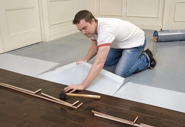 Lưu ý khi lắp đặt sàn gỗ phòng khách